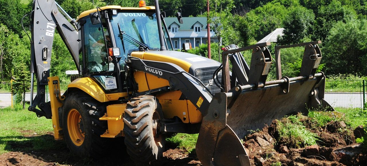 Anläggningsarbeten-Uppsala-Traktor